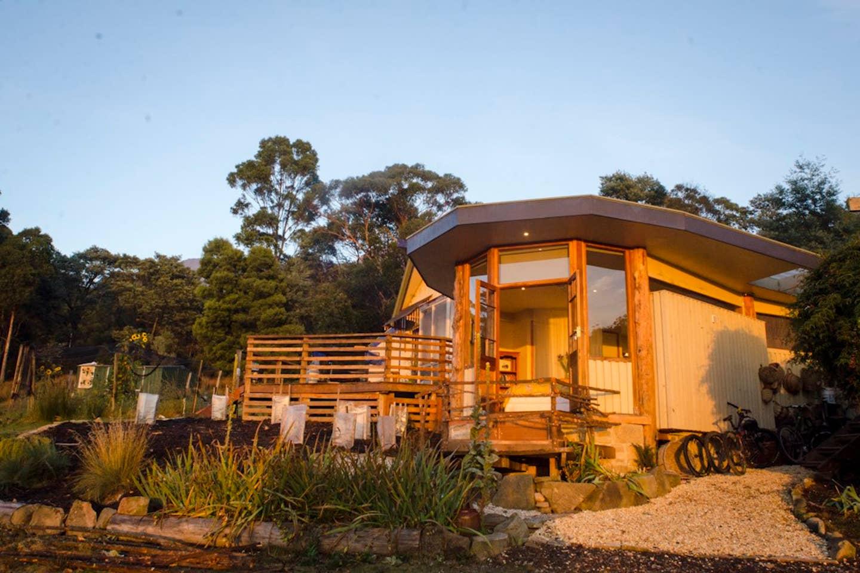 mountian airbnb tasmania